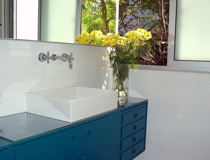 ארון אמבטיה משימוש חוזר